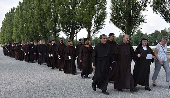 With the prioress of the Discalced Carmelite nuns of Dachau